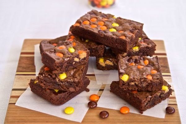 E.T. , The Hollywood Bowl, and Reese's Pieces Brownies