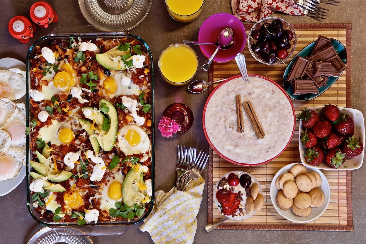 I spent under $40 dollars at ALDI to create this brunch menu. I made Breakfast Enchiladas and an arroz con leche bar.