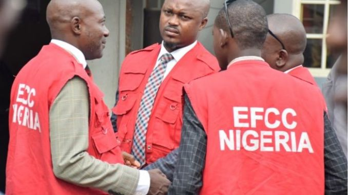 EFCC Arrests Two Lecturers For Internet Fraud In Kwara, Herbalist On The RunEFCC Arrests Two Lecturers For Internet Fraud In Kwara, Herbalist On The Run