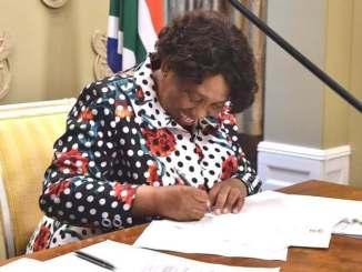 Basic Education Minister Angie Motshekga briefing on Matric exams