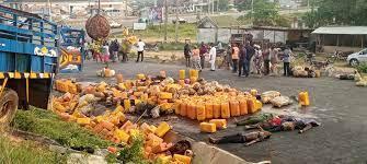8 Killed As Trailer Falls Off Osun Flyover