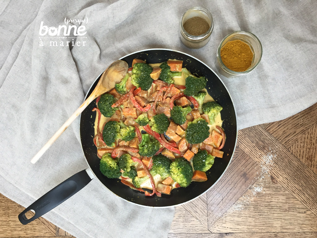 Curry rapide de patate douce et brocoli au lait de coco