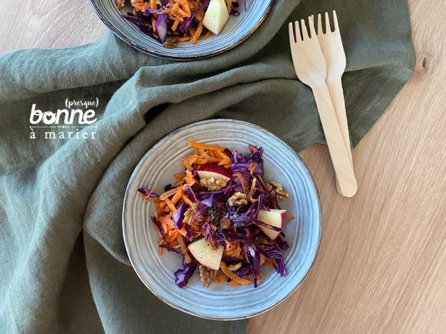 Salade de chou rouge et carottes aux pommes et noix