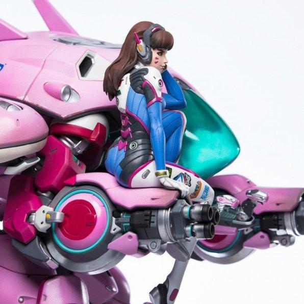 overwatch-d.va-statue-11