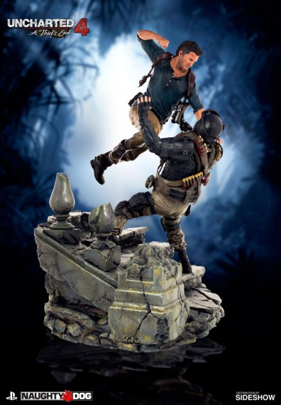 uncharted-4-a-thiefs-end-nathan-drake-statue-sony-902863-01