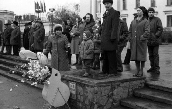 Ностальгия, СССР: Жизнь советских людей 70-80-х годов в ...