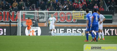 fca_darmstadt_0056 Neustart missglückt! | FC Augsburg verliert auch gegen Aufsteiger Darmstadt FC Augsburg News Sport Bundesliga FC Augsburg FCA SV Darmstadt 98 |Presse Augsburg