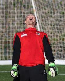 Alexander Manninger (Torwart FC Augsburg #1), lacht aus vollem Hals, FC Augsburg, Trainingslager, Estepona, Saison 2015-2016, 12.01.2016