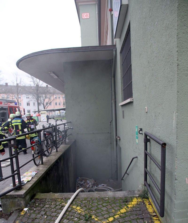Die Feuerwehr musste am Bahnhof Oberhausen tätig werden. | Foto: Feuerwehr