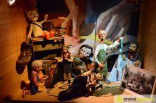 """2016-06-07-Kiste-Handwerker-–-19 """"Wer will Fleißige Handwerker seh'n…""""   Neue Sonderausstellung im Museum bei der Augsburger Puppenkiste Bildergalerien Freizeit Kunst & Kultur News Augsburger Puppenkiste Augsburger Puppenmuseum Die Kiste Handwerk Sonderausstellung  Presse Augsburg"""