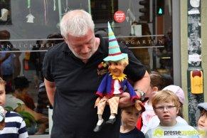 "2017-07-14-Kasperl-Ampel-–-25 ""Jetz kosch gea!"" | Augsburg hat nun eine Kasperl-Ampel Augsburg Stadt Bildergalerien Kunst & Kultur News Newsletter Ampel Augsburger Puppenkiste Kasperl |Presse Augsburg"