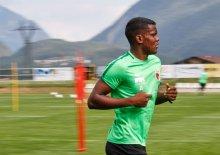 Sergio Cordova (FC Augsburg #21), Lauftraining nach einem Pferdekuss und einem Tag Pause, FC Augsburg, Trainingslager Längenfeld, Tirol, Saison 2018-2019, 02.08.2018