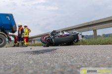 unfall_heimertingen_rizer_010 Nach schwerem Verkehrsunfall bei Heimertingen  37-jähriger Motorradfahrer stirbt im Krankenhaus News Newsletter Polizei & Co Unterallgäu B300 Heimertingen Motorradunfall Niederrieden  Presse Augsburg