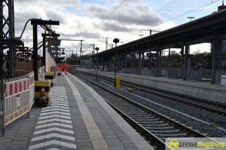 2018-12-08 Bahnsteig F – 12