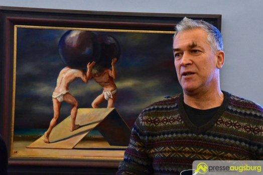 Florian Lettl freut sich über die Präsentation der Werke seines Vaters | Foto: Wolfgang Czech