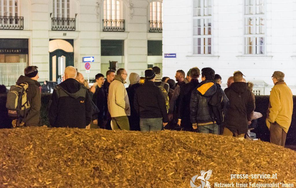 """""""Flashmob"""" des """"Verein Okzident"""" und der """"Identitären Bewegung"""" vor dem Justizministerium (25.02.19)"""