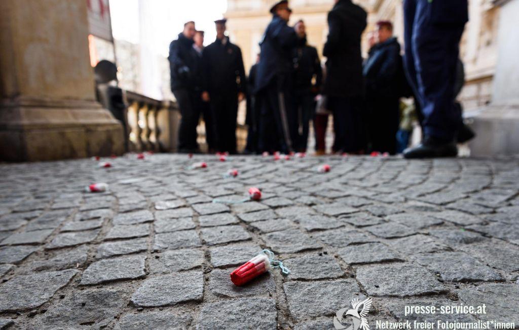 Blockade des Aufmarsches deutschnationaler Korporierter an der Universität Wien (22.01.2020)