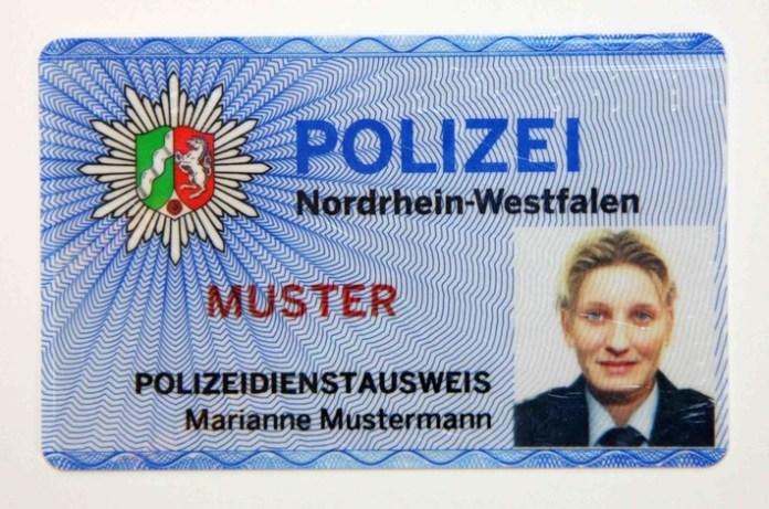 Muster Dienstausweis Polizei NRW
