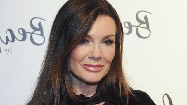 entertainment: lisa vanderpump sets the record straight on
