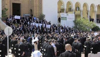 استنكار يرافق شبهة تسييس التضامن الجزائري مع محامي البيضاء