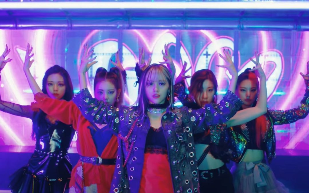 ITZY goes nuts with 'LOCO'