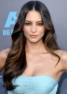 Latina actress Genesis Rodriguez looked amazing at the Critics' Choice Awards.