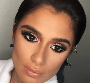 Orange is the New Black Diane Guerrero's make up was flawless at the 2016 SAG Awards.