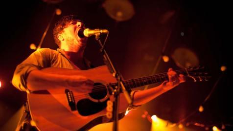 Marcus-Mumford-live-©-Alexander-Blach