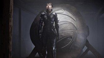 Man-of-Steel-©-2013-Warner-Bros-(11)