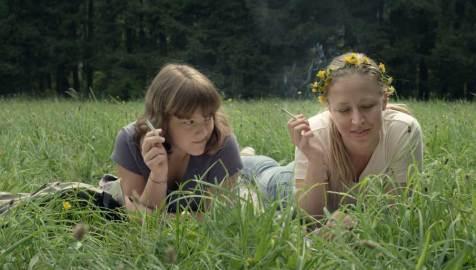 Talea (2013), Reg.: Katharina Mückstein. Mit Sophie Stockinger, Nina Proll, Philipp Hochmair