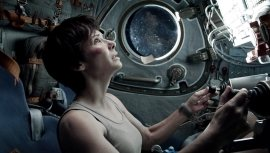 Gravity-©-2013-Warner-Bros.(10)