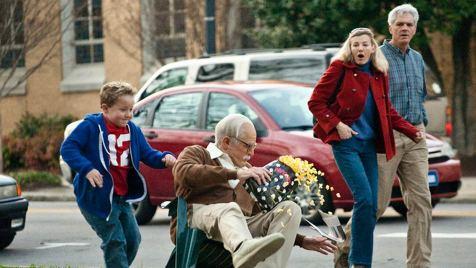Jackass: Bad Grandpa (Komödie). Regie: Jeff Tremaine. 25.10.