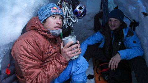 Cerro-Torre-©-2013-Lunafilm,-Corey-Rich-Red-Bull-Content-Pool(6)