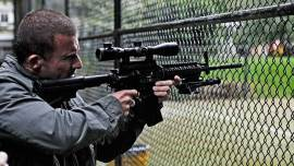 Assault-on-Wall-Street-©-2013-Splendid-Film(2)