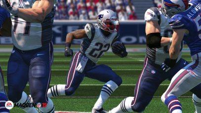 Madden-NFL-15-©-2014-EA-Sports,-EA-(4)