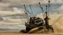 Mad-Max-Fury-Road-©-2015-Warner-Bros.(4)