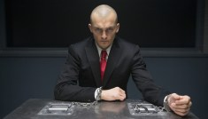 Hitman-Agent-47-(c)-2015-20th-Century-Fox(3)