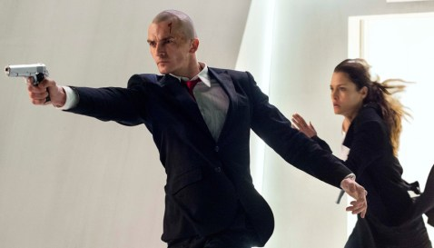 Hitman-Agent-47-(c)-2015-20th-Century-Fox(6)