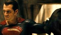 Batman-v-Superman-Dawn-of-Justice-(c)-2016-Warner-Bros.(2)