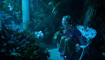 Alice-im-Wunderland-Hinter-den-Spiegeln-(c)-2016-Walt-Disney(8)