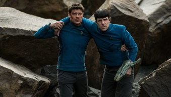 Star-Trek-Beyond-(c)-2016-Universal-Pictures(13)