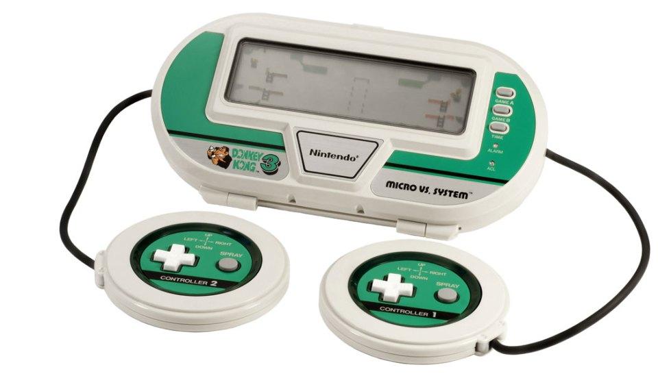 Nintendo-Game-&-Watch-Donkey-Kong-3-(c)-Evan-Amos