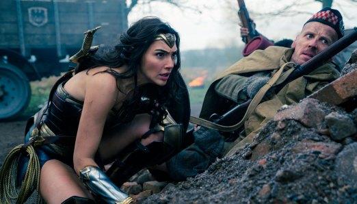 Wonder-Woman-(c)-2017-Warner-Bros.(2)