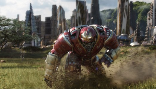 Avengers-Infinity-War-(c)-2018-Walt-Disney(4)