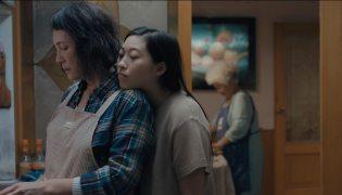 The-Farewell-(c)-2019-polyfilm-A24(3)