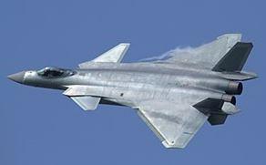 1107 01 - 中国 第5世代J(殲)20ステルス戦闘機を公開飛行