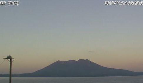 1114 08 1 - 桜島 14日未明噴火 4000メートルに達する 7月16日以来の高さ