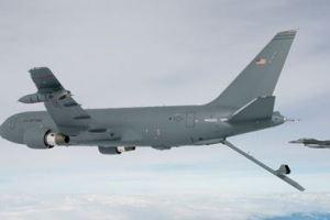 0405 05 1 - おかしくなったボーイング社 米軍受取拒否「KC46」機 ゴミ工具放置
