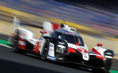 0617 0 1 - WEC ル・マン24時間耐久レース トヨタ勢1・2フィニッシュ 小林無念タイヤ交換ミス