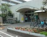 1635818 thum 1 - 【中止】喜多見児童館 「プラバンアクセサリーを作ろう」